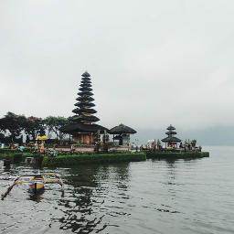 holiday bedugul lake bali wonderfull