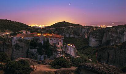 meteora kalambaka greece travel night