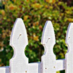 fence closeup photography