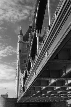 blackandwhite historic bridge london city