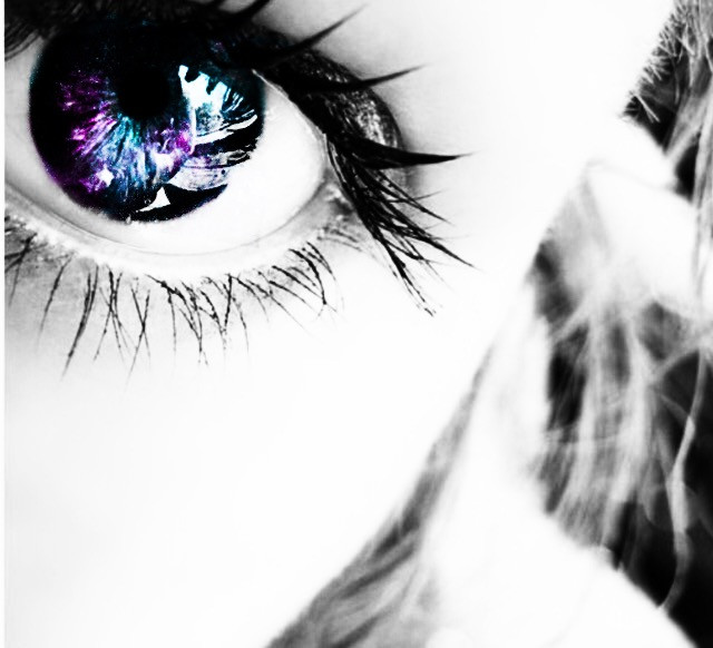 I redid it and i think it looks way better this way #galaxyedit #galaxy #interesting #eyes #photography #myedit #myedits