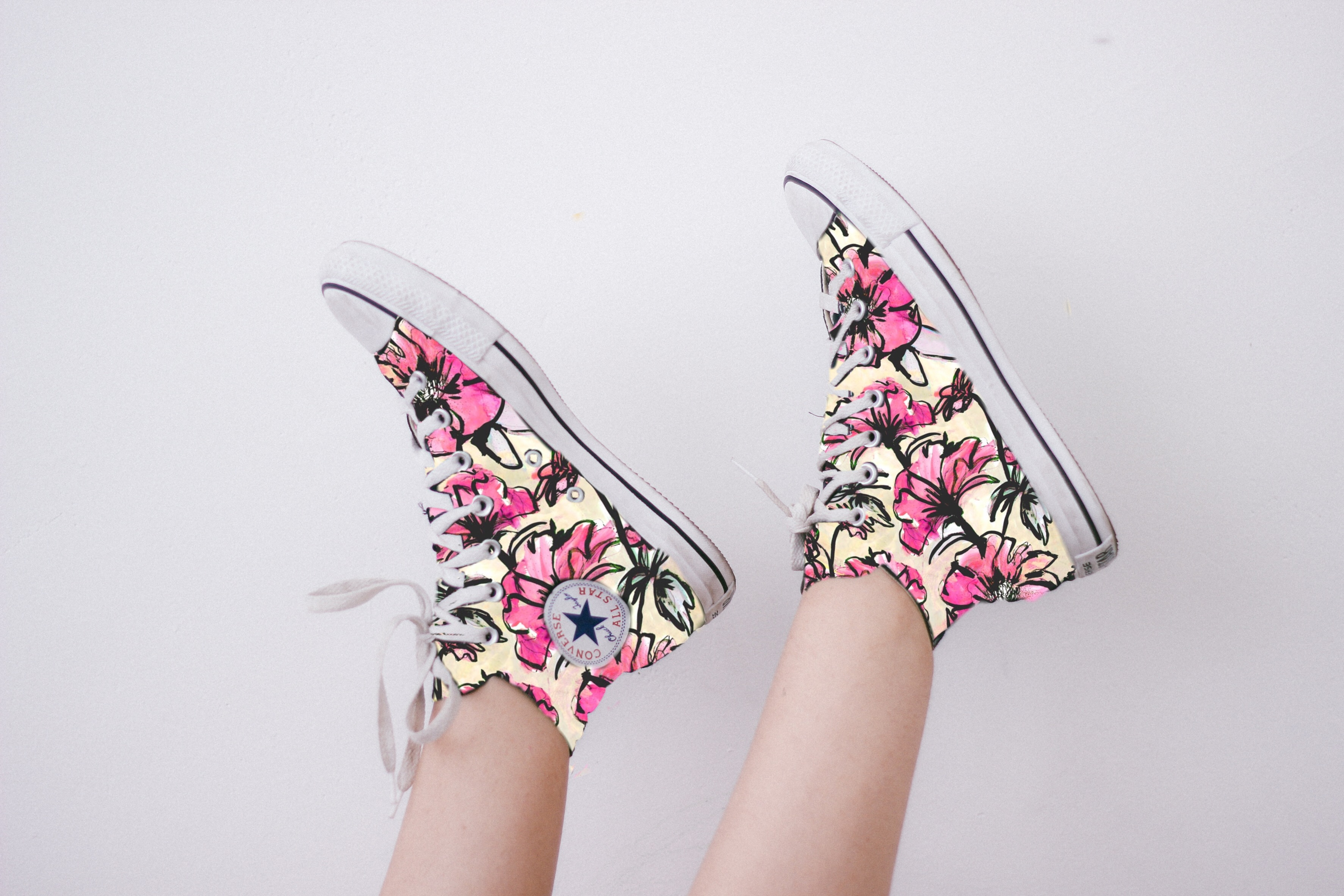 #FreeToEdit #converse #flowers #colorfultennis #sneakers #shoes #love shoes